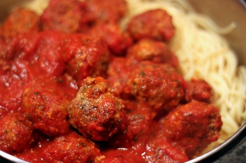 Meatballs made with bread crumbs